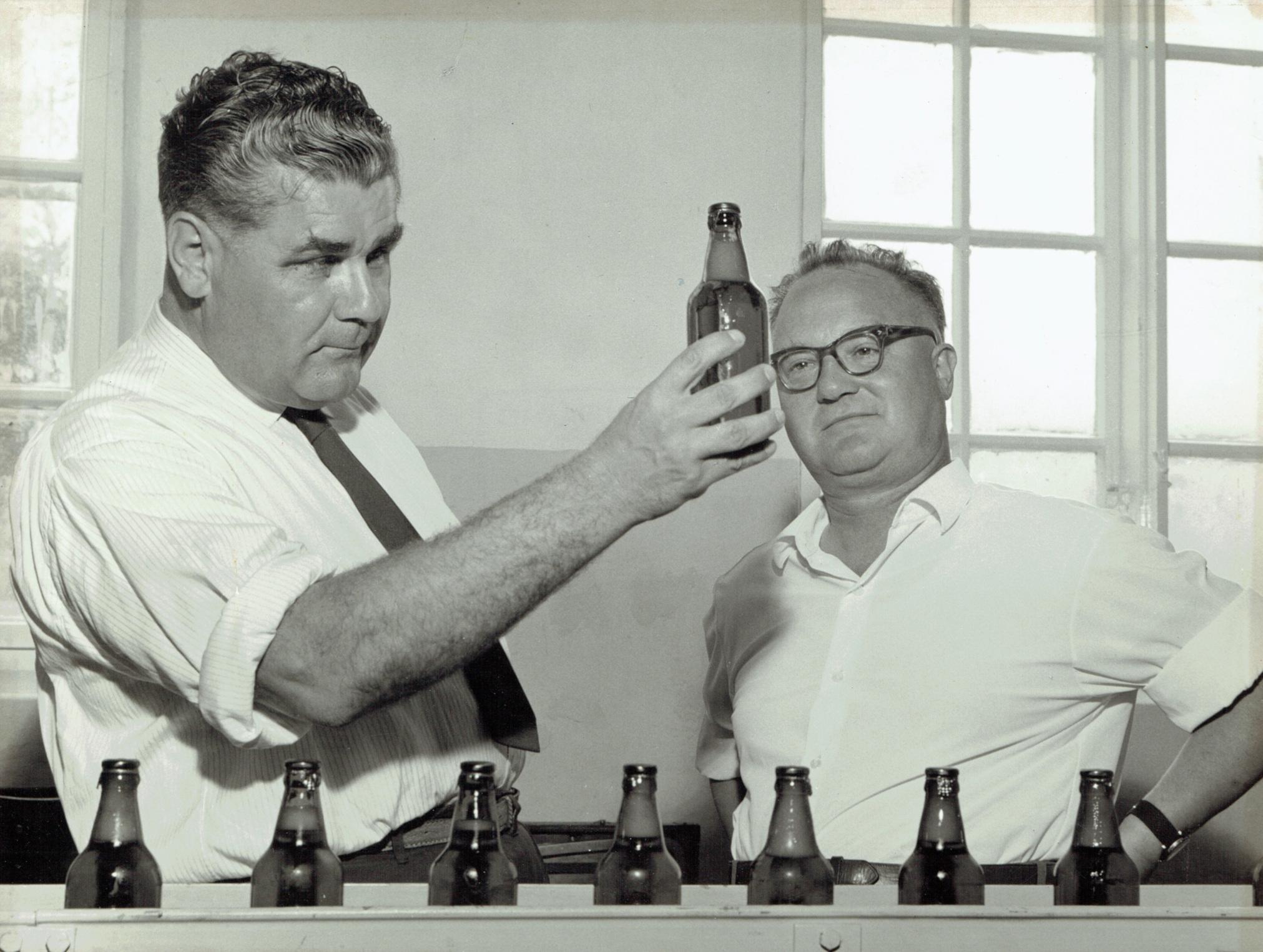 Ilmari Parker, V. Sievinen - Kotkan Höyrypanimo 1960